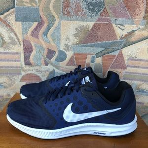Nike Men's Downshifter 7 Shoes Size 8.5
